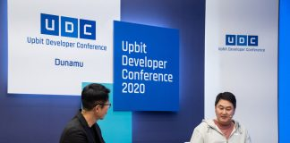 Lee Sir-goo (right), CEO of cryptocurrency exchange operator Dunamu, speaks at a talk session held to open the Upbit Developer Conference 2020 last week in Seoul and livestreamed via YouTube. (Dunamu)