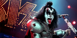 Rock Legend Gene Simmons Talks Bitcoin: Musician Believes China Is Behind the Ripple Lawsuit, Dollars Are Based on Nothing