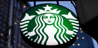 New app lets Starbucks customers pay with bitcoin