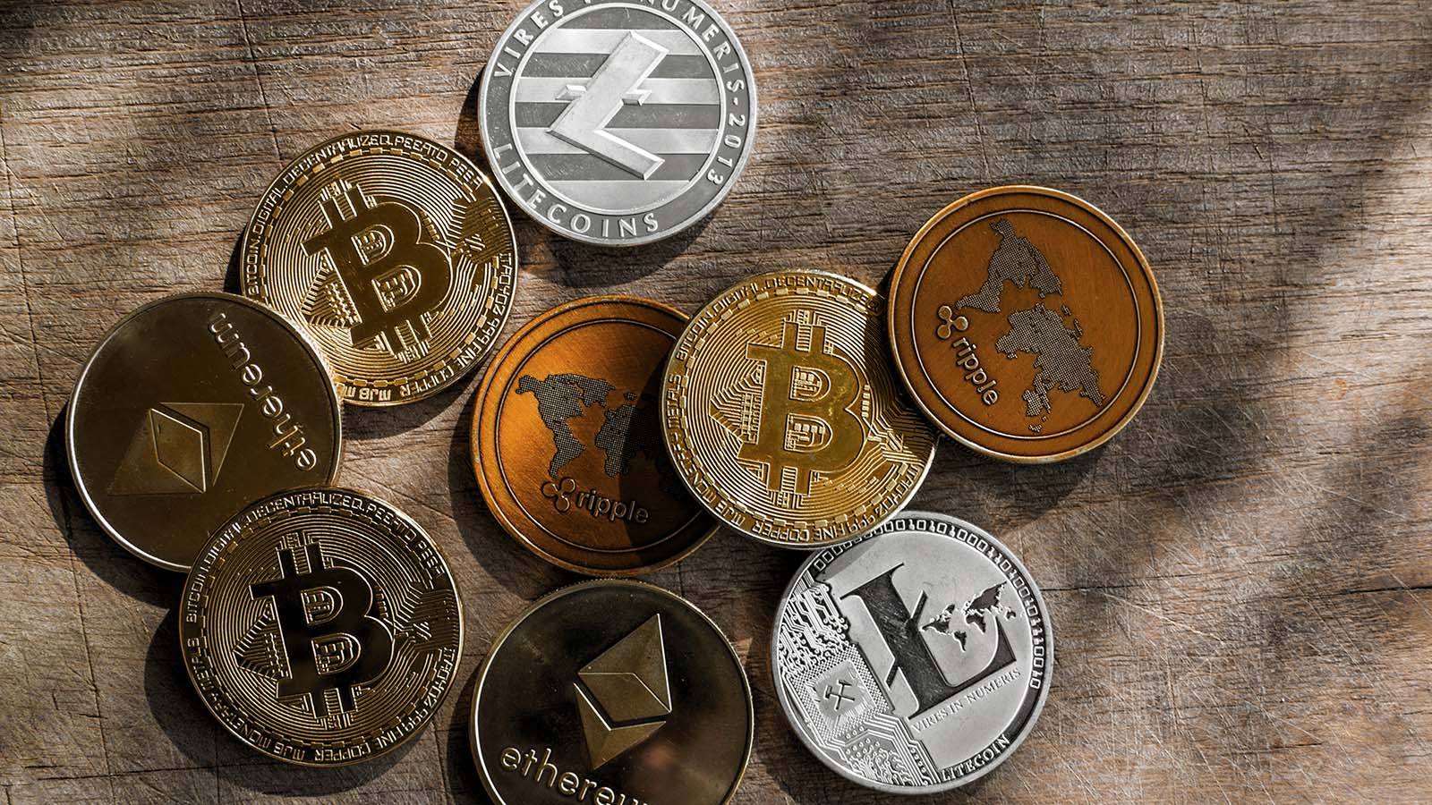 Altcoins - 7 Altcoins That Should Live Long After The Crypto Bubble Bursts