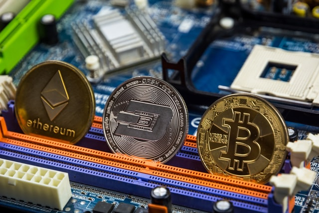 Bitcoin Tests $48,000, Crypto Market Stays in Green